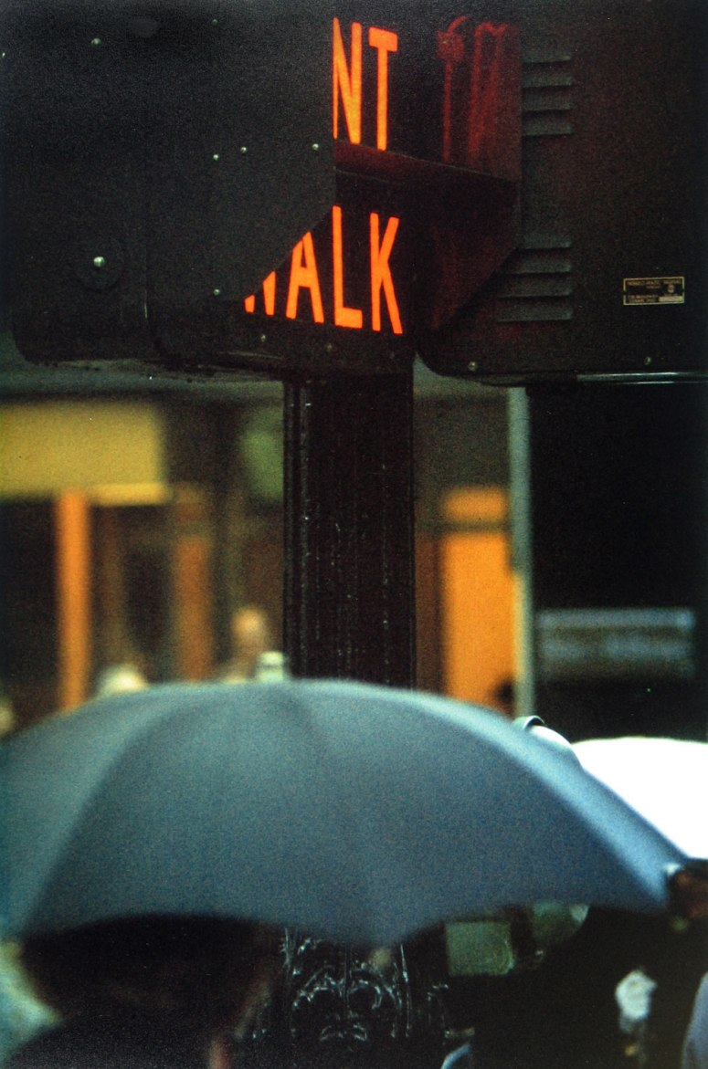 049-saul-leiter-photography-1952-don-t-walk-small-the-red-list